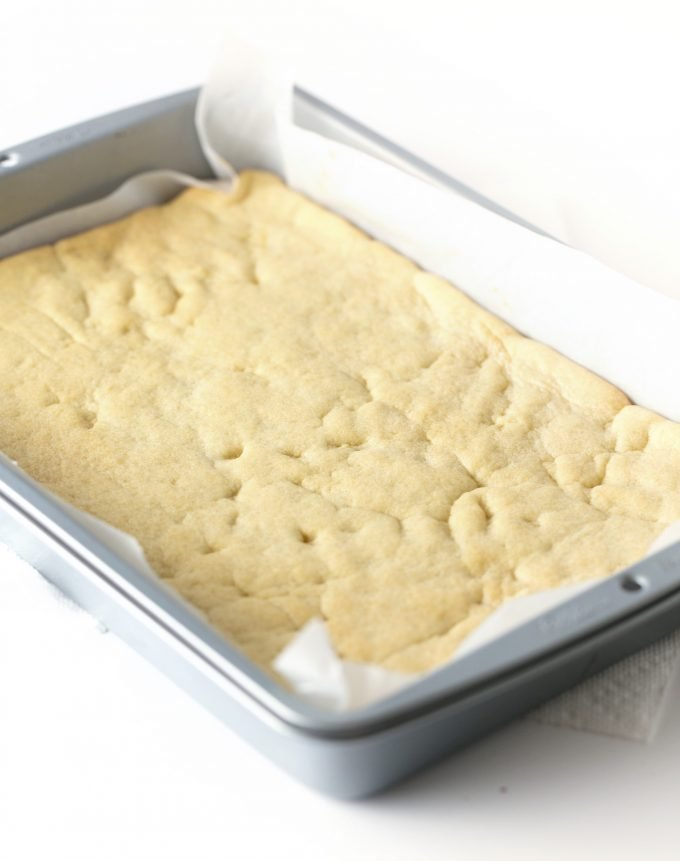unfrosted pan of sugar cookie bars