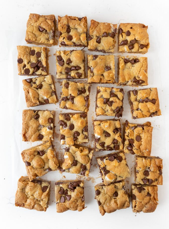 Cut s'more cookie bars in squares