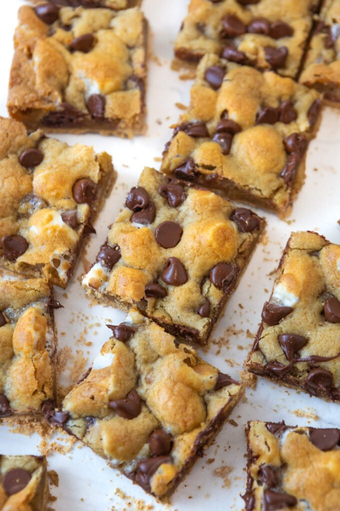 cut s'more cookie bars squares