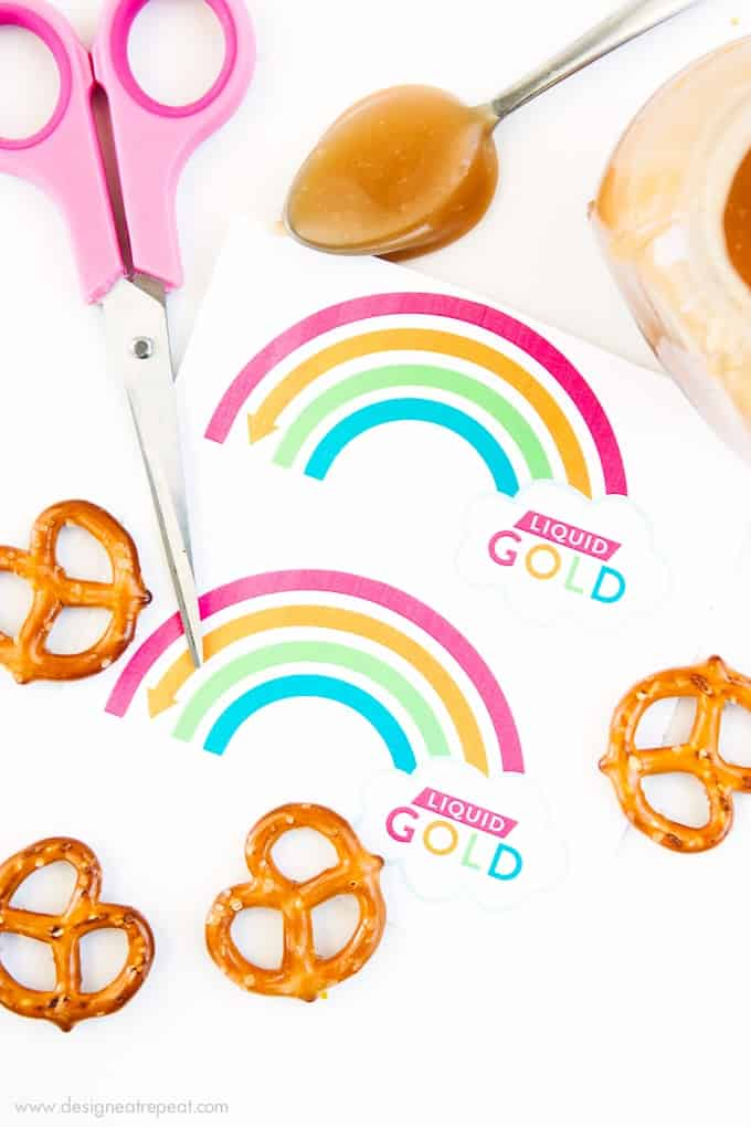 Attach these printable rainbow labels to homemade jars of caramel sauce for a fun St. Patrick's Day gift idea! How fun!