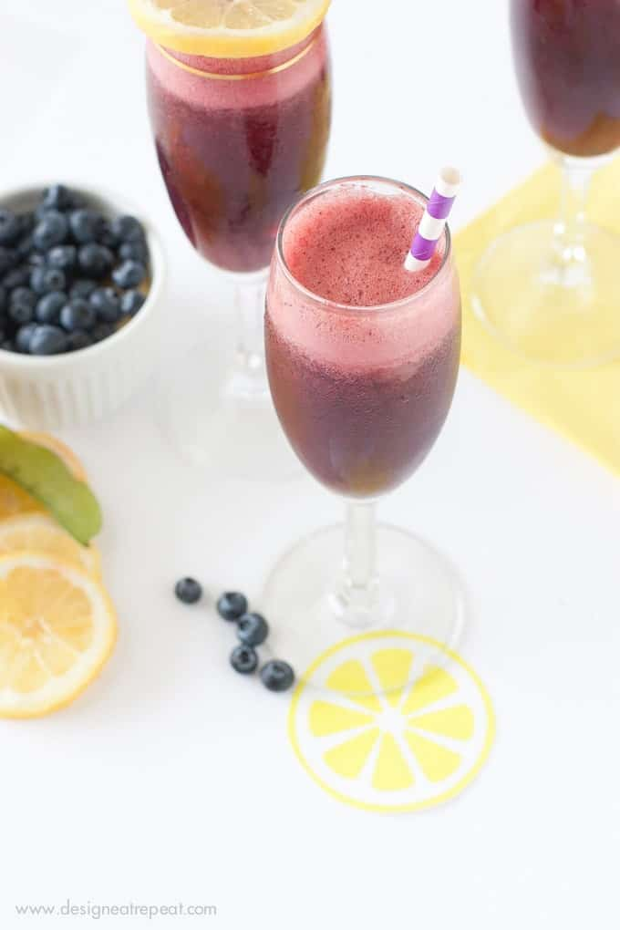 Blueberry Lemon Moscato Spritzers by Design Eat Repeat - These are so delicious & make the perfect summer refresher!