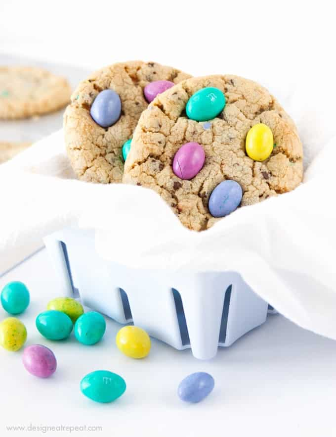 Chocolate Chip M&M Easter Egg Cookies!