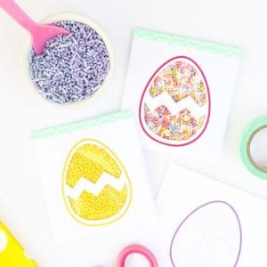 DIY Easter Egg Sprinkle Party Favors by Design Eat Repeat - includes free template printable! How fun!