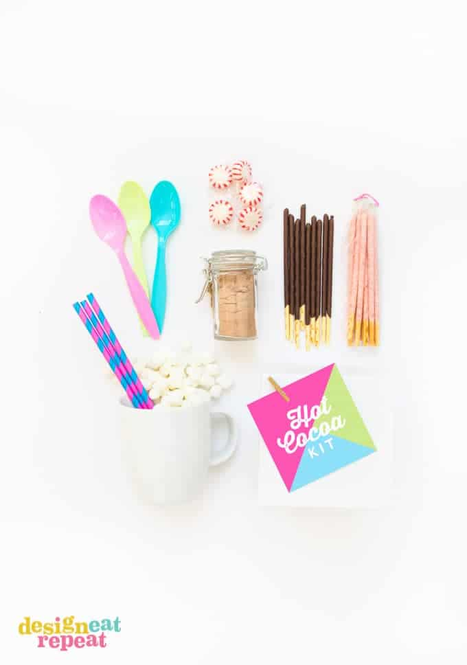 DIY Hot Chocolate Kit with Free Printable Gift Tag!