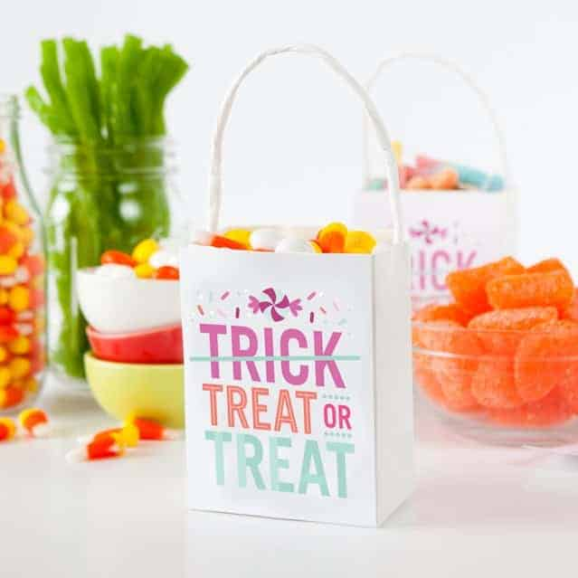 Treat or Treat Halloween Treat Bags Label