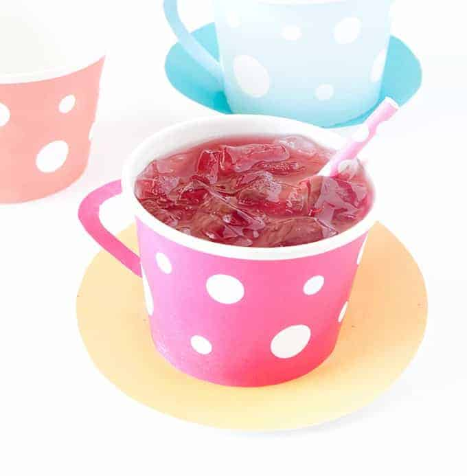 Download these free Tea Party Printables, attach to a paper icecream cup, and you have an instant tea cup!!