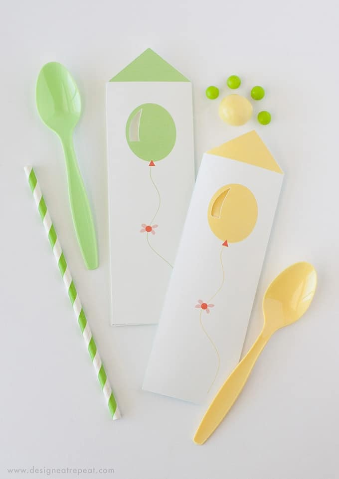 Download these free spoon pouches for a fun birthday party place setting. Would also be great to serve with icecream for a unique presentation!