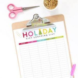 Download this free holiday gift shopping list from Design Eat Repeat to help you organize what you are getting everyone on your list!