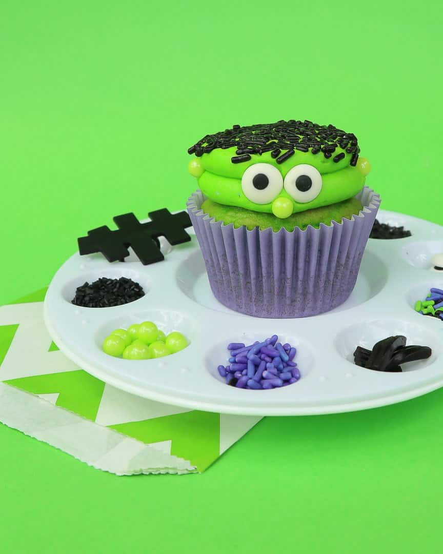 Frankenstein Cupcake Decorating
