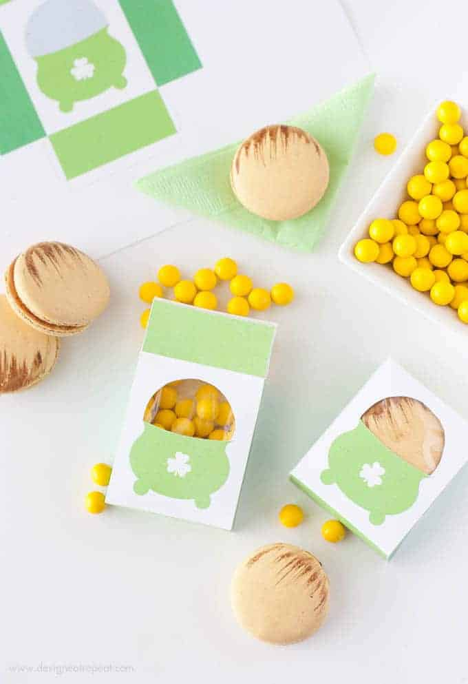 Free Printable Pot of Gold Treat Box | by Design Eat Repeat.