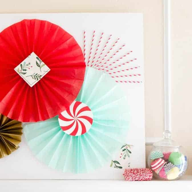 DIY Holiday Photobooth Backdrop (+ Tissue Paper Fan Tutorial!)