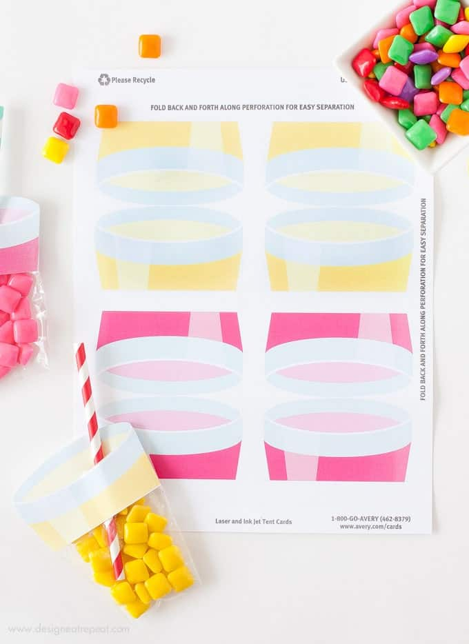 Learn how to make these easy lemonade party favors using Avery labels! Find the free printable label & supply list at Design Eat Repeat Blog!