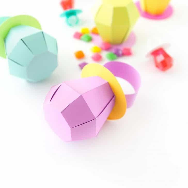 DIY Ring Pop Treat Boxes