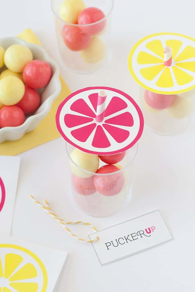 Lemonade Party Favors with pucker up printable tag