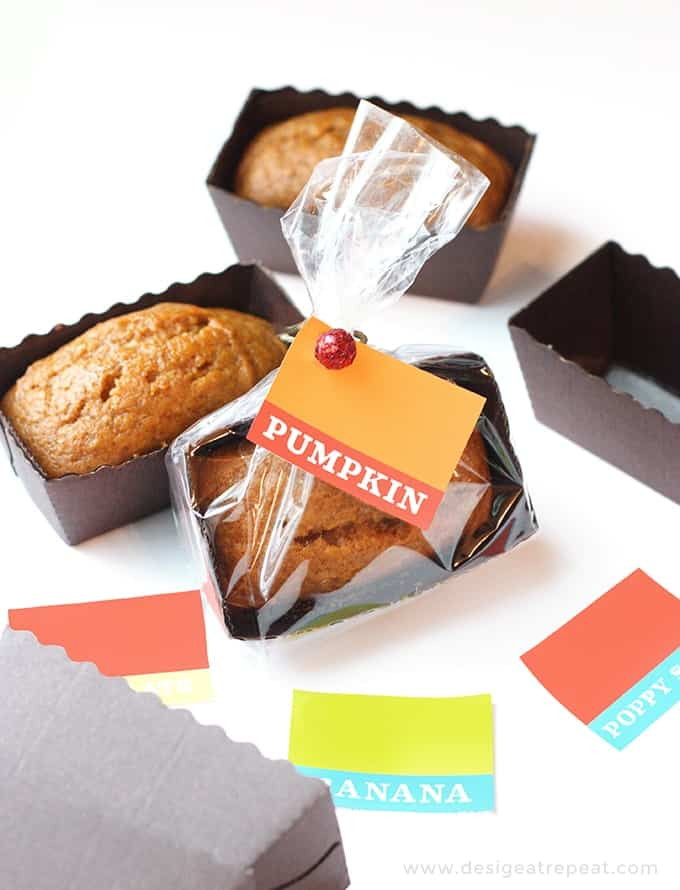 Moist pumpkin bread mini loaf pan recipe in tiny disposable loaf pans with colorful printable gift tags.