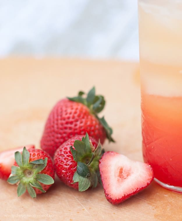 Non-Alchoholic Summer Spritzer | Use Orange Juice, Lemon-Lime Soda, and Grenadine (So Easy!) | Design Eat Repeat