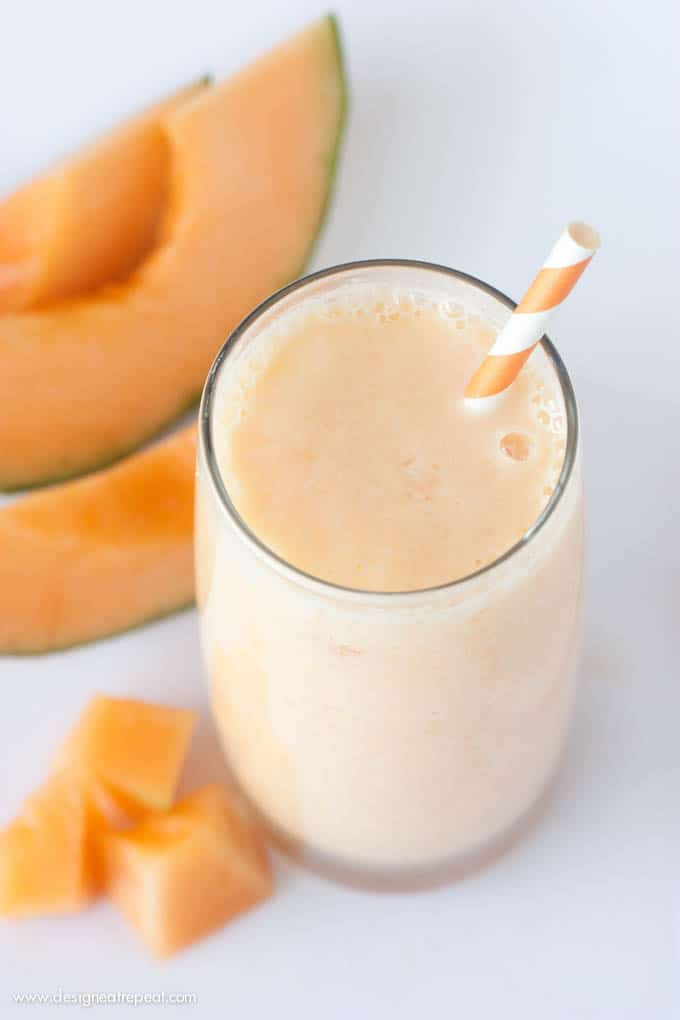 Peach Cantaloupe Smoothie | Design Eat Repeat