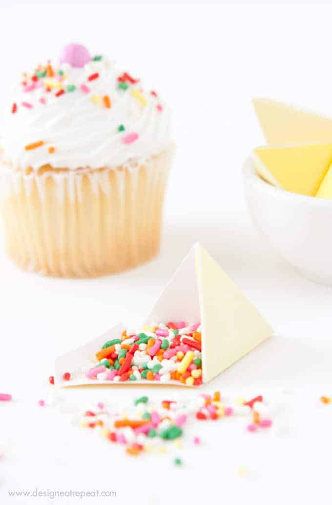 Printable Sprinkle Party Favors | Perfect for birthdays, cupcake parties, or even taco parties (these were made to look like little nachos!) How fun!
