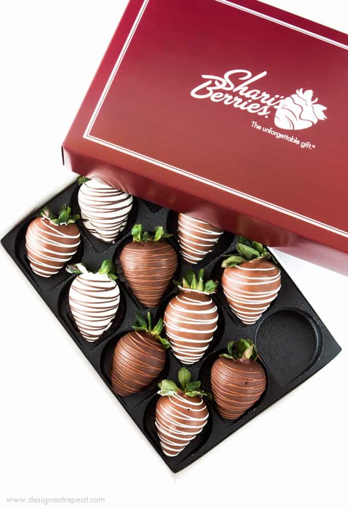 This site shows a fun way to gift chocolate covered strawberries for Valentine's Day!