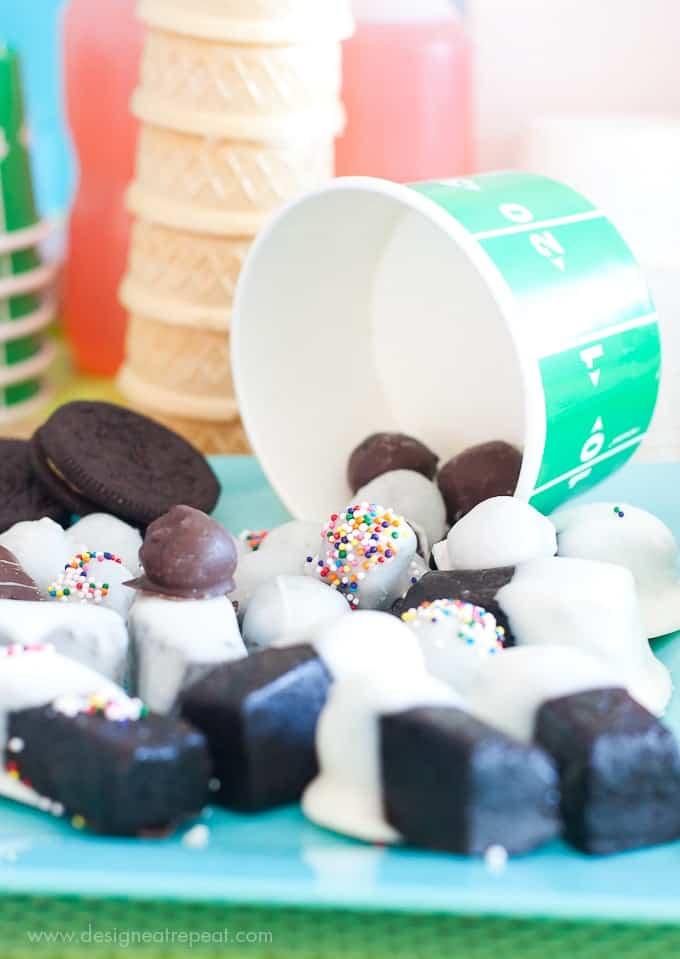 Tiny-Oreo-Cookie-Ball-Sprinkles