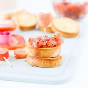 Valentine's Day Bruschetta Bites! Find the recipe at Design Eat Repeat!