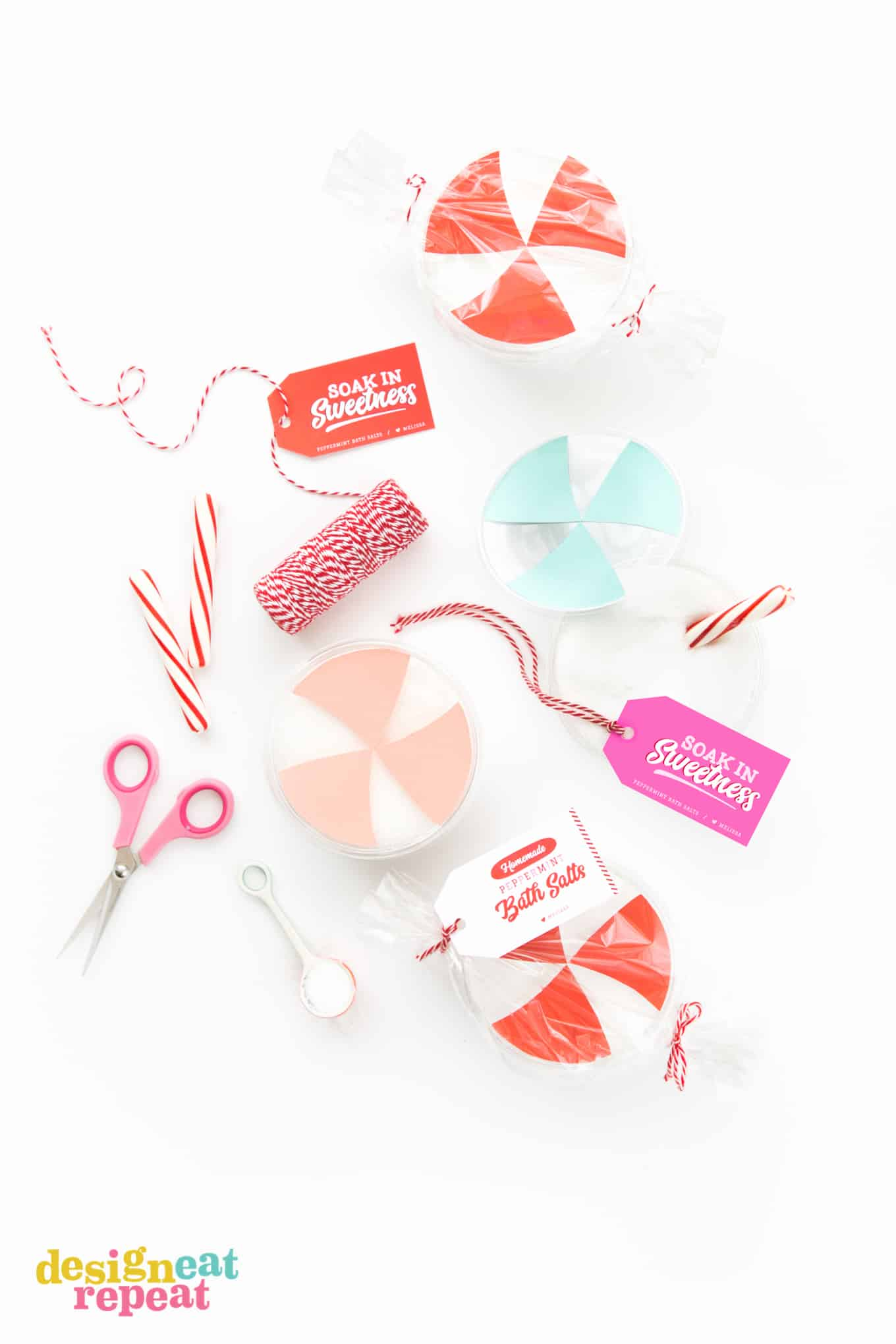 Learn how to make peppermint DIY bath salt & then gift it with the free printable tags.