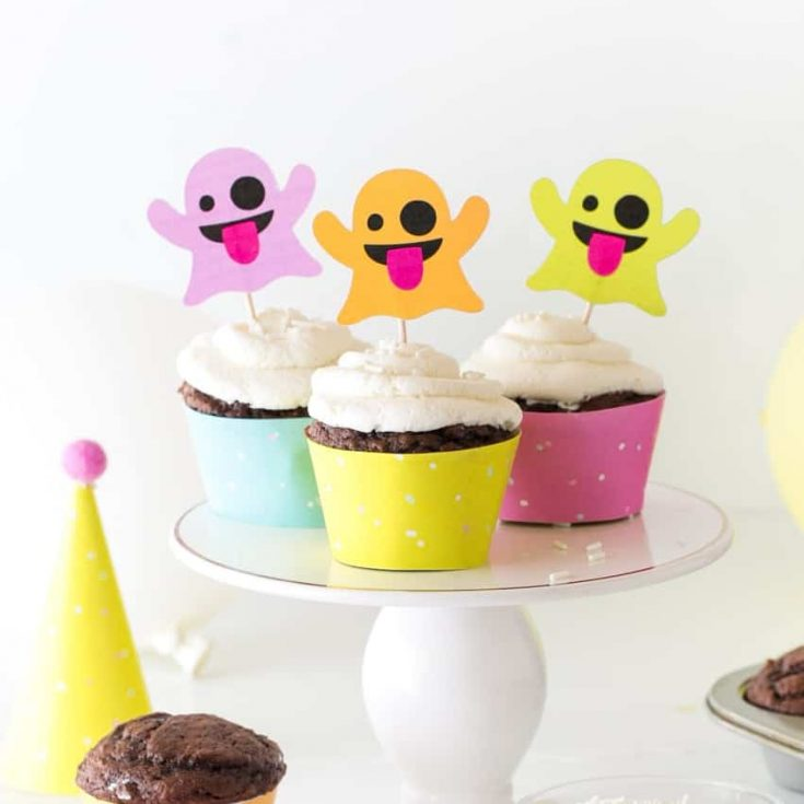 How To Make Emoji Ghost Halloween Cupcake Toppers