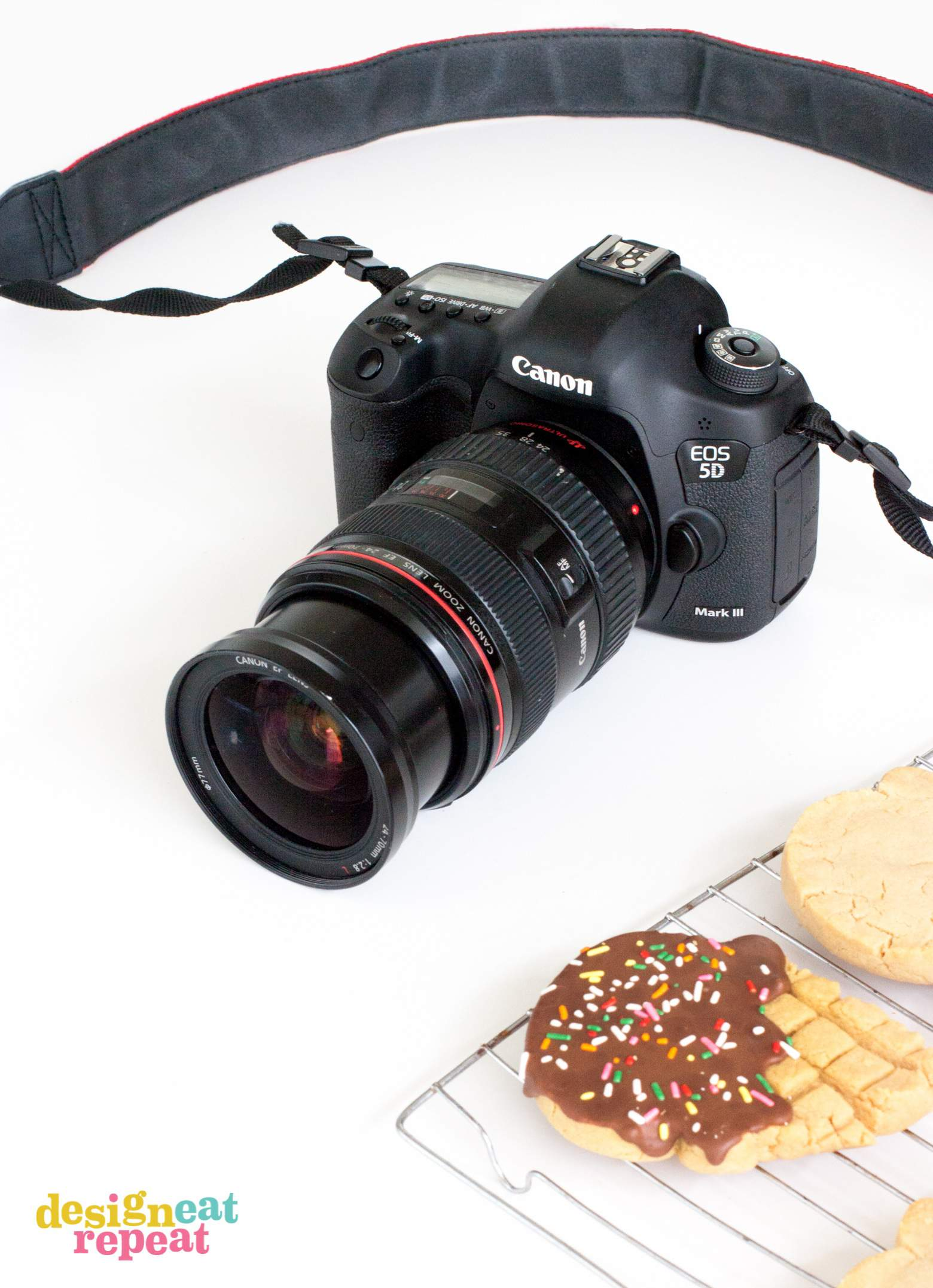 Go behind-the-scenes with Food & DIY blogger, Melissa at Design Eat Repeat, where she shows you her at-home photo setup and gear. Everything from cameras, backdrops, and editing software. Very helpful post!