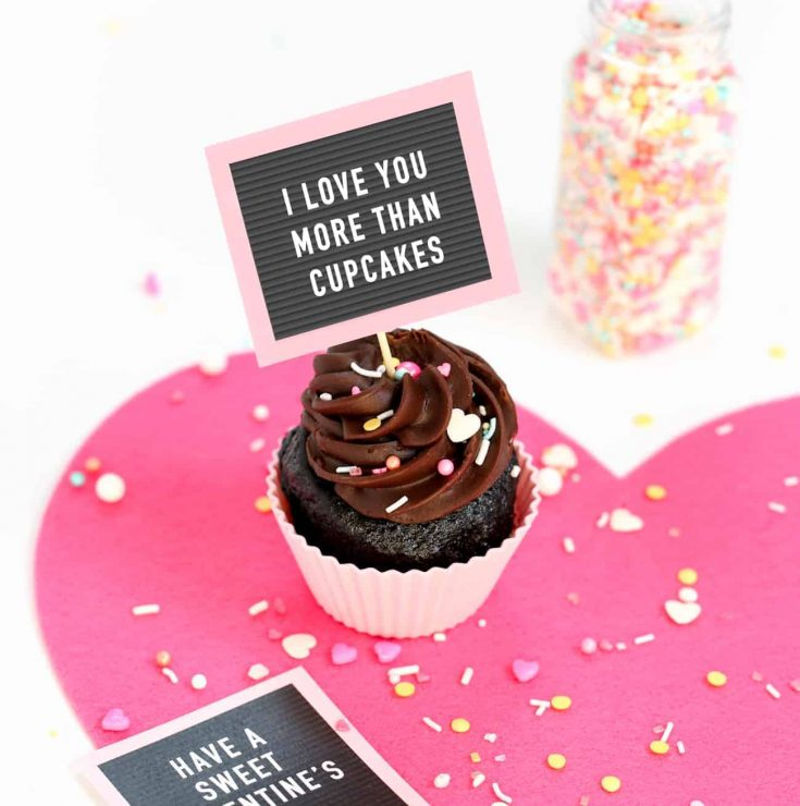 How To Make Free Printable Valentine Cupcake Toppers - Mini Letterboards!