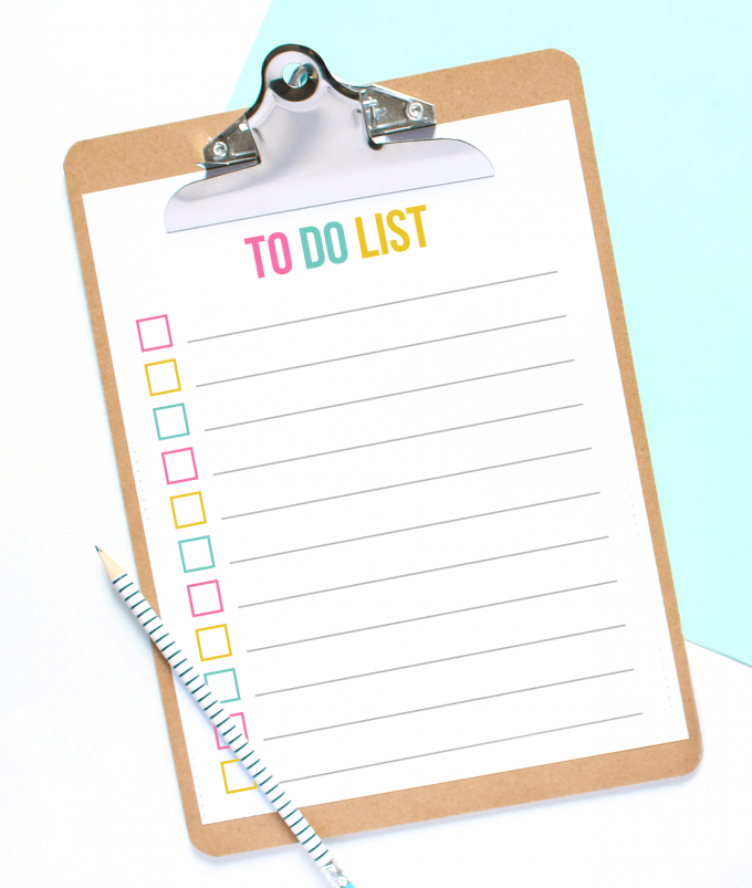 Clipboard with colorful free printable to do list