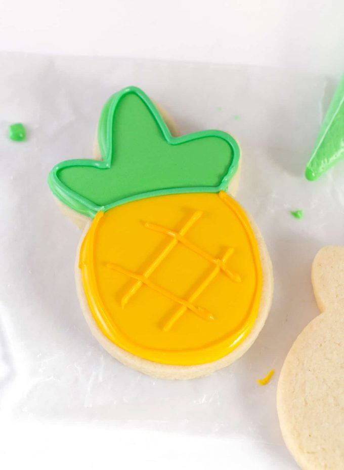 How to make pineapple cookie with Royal Icing for Sugar Cookies