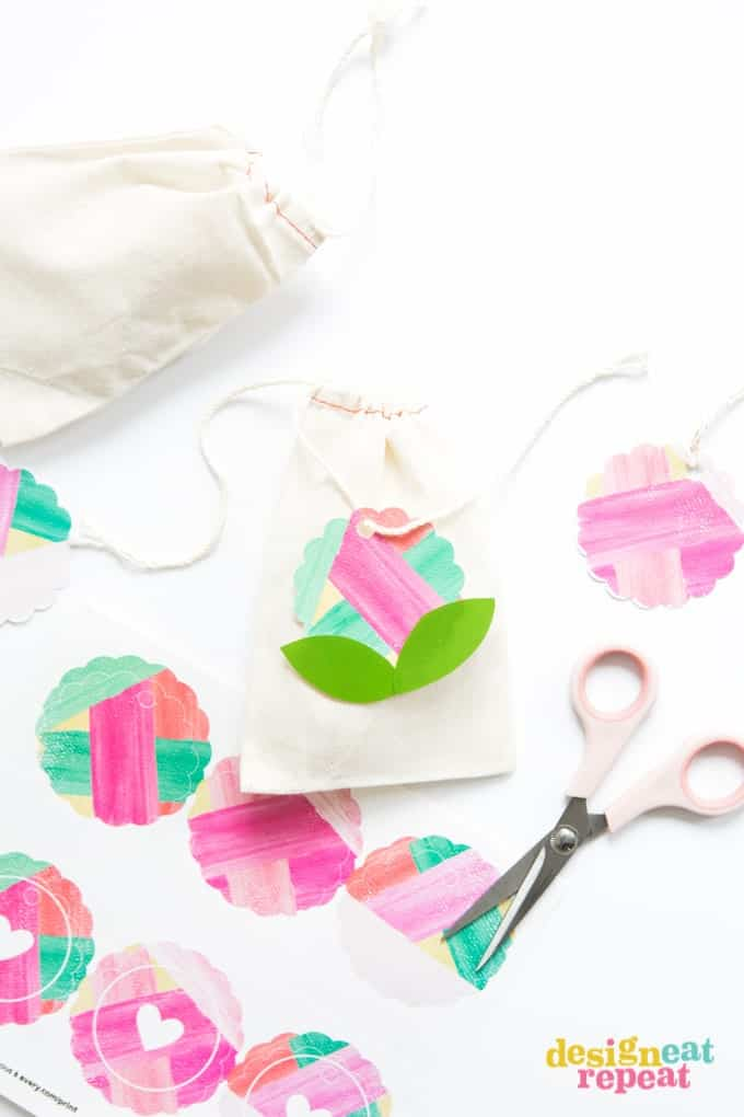 Print off these free printable gift tags and customize them in Avery Design & Print Online. So fun for any type of gift!