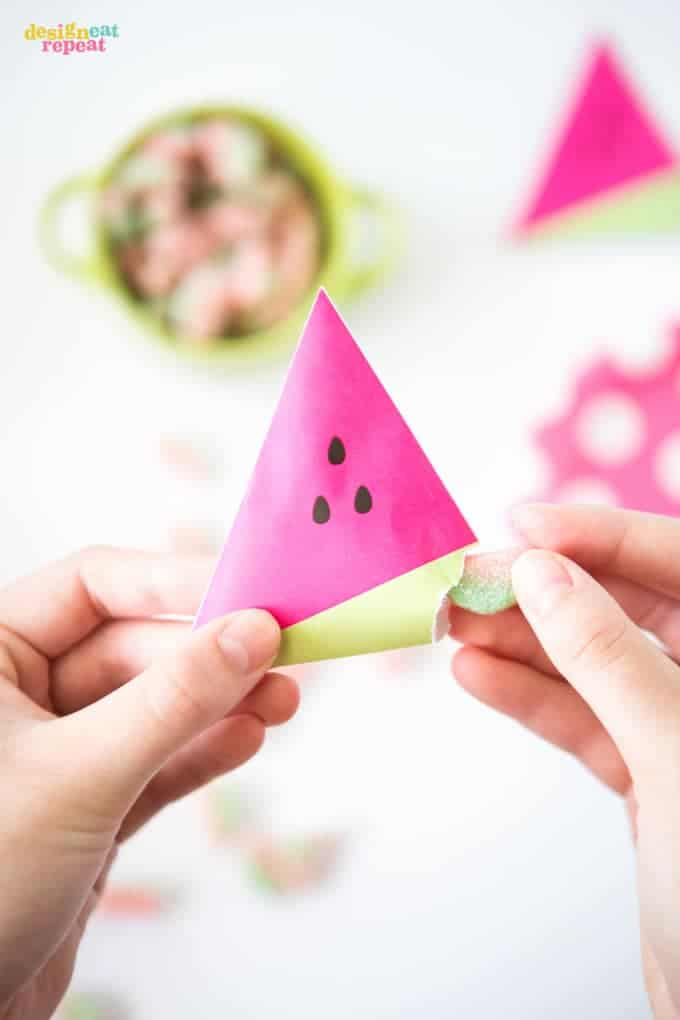 watermelon-party-favors-candy-pouches3